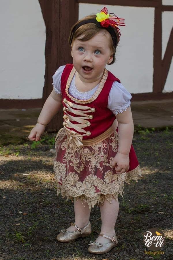 traje típico infantil frida