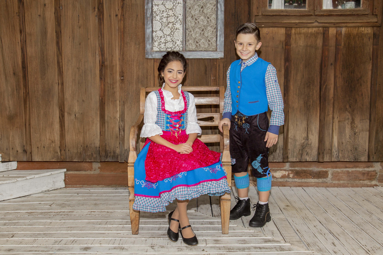 traje típico alemão de crianças